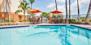 Broward College Central Campus Map Holiday Inn Express U0026 Suites Fort Lauderdale Airport West Hotel By Ihg