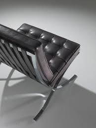 Barcelona Chaise Lounge Barcelona Chair Lounge Chairs From Knoll International Architonic