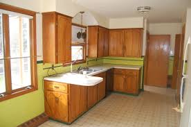 How To Reface Laminate Kitchen Cabinets by How To Reface Cabinets Image Of Refinishing Oak Kitchen Cabinets