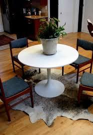 round rug for under kitchen table rugs under kitchen table kenangorgun com