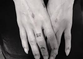 zoe kravitz gets inked by celebrity tattoo artist dr woo inked