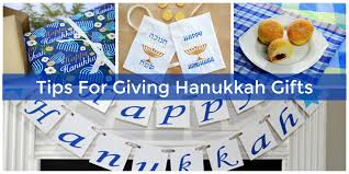 chanukah gifts hanukkah gift giving etiquette do s and don ts