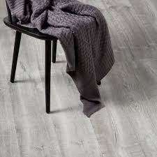 Laminate Flooring B Q Aberfeldy Grey Oak Effect Laminate Flooring 1 996 M Pack