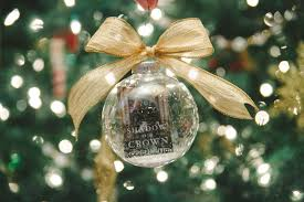 Christmas Book Ornaments - delicious reads book club ideas for