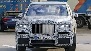 rolls royce inside rolls royce cullinan spotted out testing u2013 including the interior