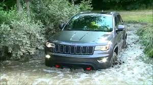 jeep grand cherokee trailhawk off road 2017 jeep grand cherokee trailhawk offroad test drive youtube
