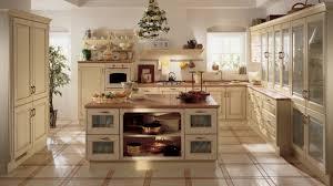 deco cuisine romantique cuisines cuisine style cagne blanche bois belvedere scavolini