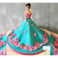 doll cake cake