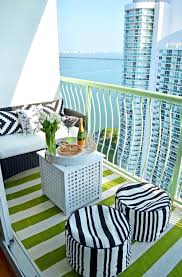 Small Balcony Furniture by 25 Best Ideas About Small Balcony Furniture On Pinterest Decor And