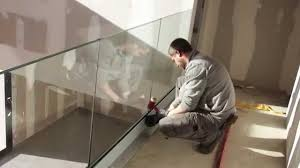 escalier garde corps verre garde corps verre à profil de sol inoxdesign fr youtube
