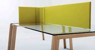 plan de bureau en bois séparateur de bureau sur plan en bois design wgs by