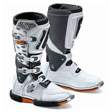 buy motorcycle boots online buy gaerne supermotard boots online