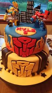 optimus prime cakes transformers optimus prime and bumblebee cake cakecentral