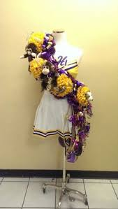 homecoming corsages homecoming necklace some schools don t allow the big mums so