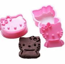emporte pi鐵e cuisine nes remote controller cookie cutter biscuit cutter