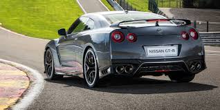 nissan supercar 2017 2017 nissan gt r launches in uk ahead of september debut for