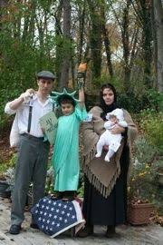 Statue Liberty Halloween Costume 6 Family Halloween Costumes Family Halloween Halloween