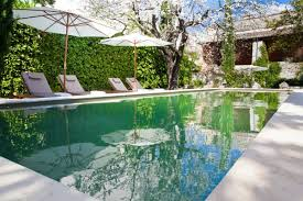 chambre d hote gard bed breakfast in gard languedoc rousillion les trois comtes