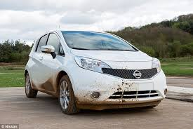 nissan develops the world u0027s first self cleaning car daily mail
