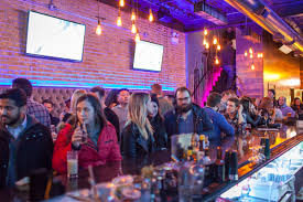 whiskey business goes totally retro in wicker park chicago