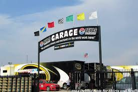 Automotive Flags Rookie Stripe Flying High The Eight Flags Of Nascar And What
