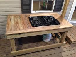 Diy Outdoor Wooden Table Top by Best 25 Outdoor Stove Ideas On Pinterest Outdoor Kitchens For