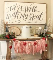Christmas Home Decor Ideas Pinterest by Best 25 Cottage Christmas Decorating Ideas On Pinterest Cottage
