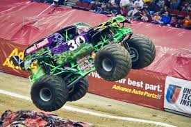images of grave digger monster truck grave digger monster truck the news wheel