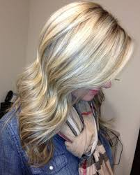 low lighted hair for women in the 40 s 50 s blonde hair with light brown lowlights hair pinterest