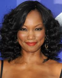 shoulder length hair for women with pear shaped faces beautiful hairstyles for black women with short medium length or