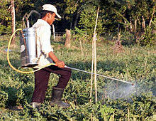 pesticide application wikipedia