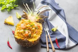cuisine crevette riz sauté à l ananas aux crevettes cuisine addict cuisine
