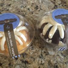 nothing bundt cakes 11 photos u0026 15 reviews bakeries 7890 e