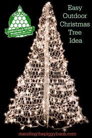 outdoor christmas tree easy outdoor christmas tree idea mending the piggy bank