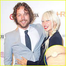 Chandelier Singer Chandelier Singer Sia Engaged To Filmmaker Erik Anders Lang