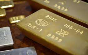 gold gold breaks 3 day rise rs 100 on global cues low demand