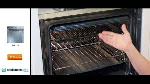 colin s guide to the smeg sfa125 electric wall oven appliances colin s guide to the smeg sfa125 electric wall oven appliances online youtube