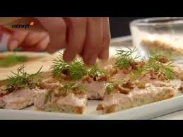 colruyt recettes de cuisine recette canapés à la mousse de saumon fumé colruyt