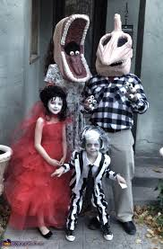 Despicable Family Halloween Costumes Beetlejuice Family Costume Family Halloween Halloween Costumes