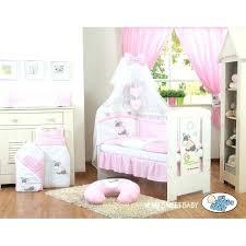 Chambre Enfant Minnie - chambre de bebe disney chambre enfant le roi disney tour de