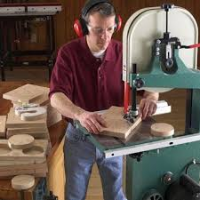 Fine Woodworking Magazine Bandsaw Review by Tool Review 14