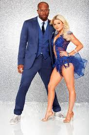 win it all cast dancing with the stars season 22 who s still in it to win it