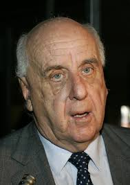 etienne bureau etienne davignon photos photos 3000 shareholders meet to choose