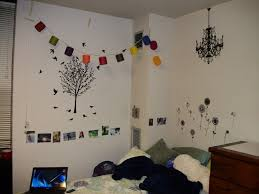 cheap ideas for decorating make a photo gallery dorm room wall