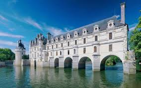 guided tours of singapore guided tour of the loire valley châteaux from paris paris headout