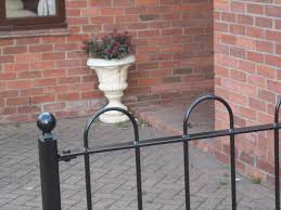 Garden Wall Railings by Iron Railings Iron Railings And Gates Metal Fencing Paddock