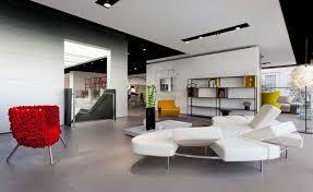 piero lissoni redesigns luminaire u0027s flagship showroom in miami