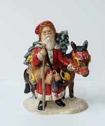 santa with by vaillancourt folk