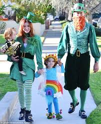 Pot Halloween Costumes Alyson Hannigan Continues Trend Fun Family Halloween