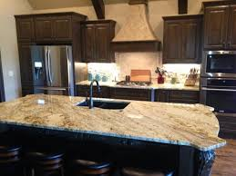 kitchen cabinet colors with beige countertops beige granite with cabinets backsplash ideas